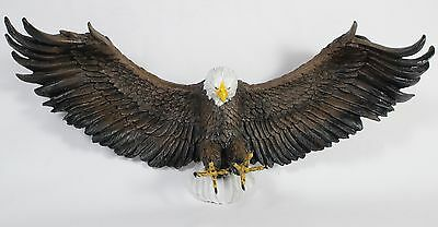 AMERICAN BALD EAGLE WALL PLAQUE Statue Figurine NEW Wildlife Bird Resin Hanging