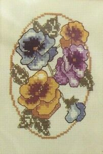 1986-NIP-Counted-Cross-Stitch-Embroidery-Kit-034-Pansies-034-Flowers-5x7-Picture-3968F