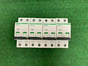 Disjoncteur 2P 3A courbe D Acti 9 iC60N A9F75203 Schneider electric LOT DE 4