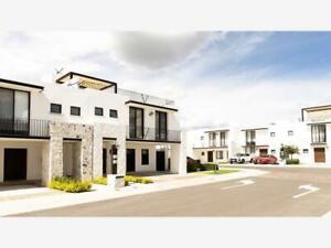 Casa en Renta en Punta Juriquilla