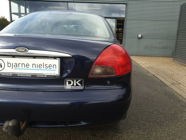 Ford Mondeo 1,8 Exclusive - billede 3