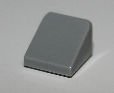 SLOPES 30 1 x 1 x 2//3 1 x 1 NEW LEGO Gray Light Bluish x 25-1x1 slope