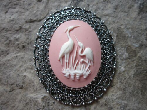 HERON 2 IN 1 CRANE ON PINK CAMEO SILVER BROOCH // PIN // PENDANT STORK