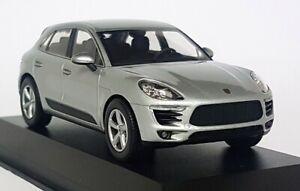 Minichamps-1-43-Scale-Porsche-Macan-2013-Rhodium-Silver-Diecast-Model-Car