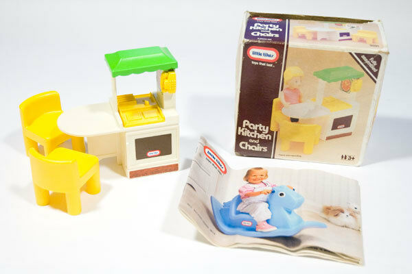 LITTLE TIKES VINTAGE DOLLHOUSE PARTY KITCHEN CHAIRS CATALOG & ORIGNAL BOX