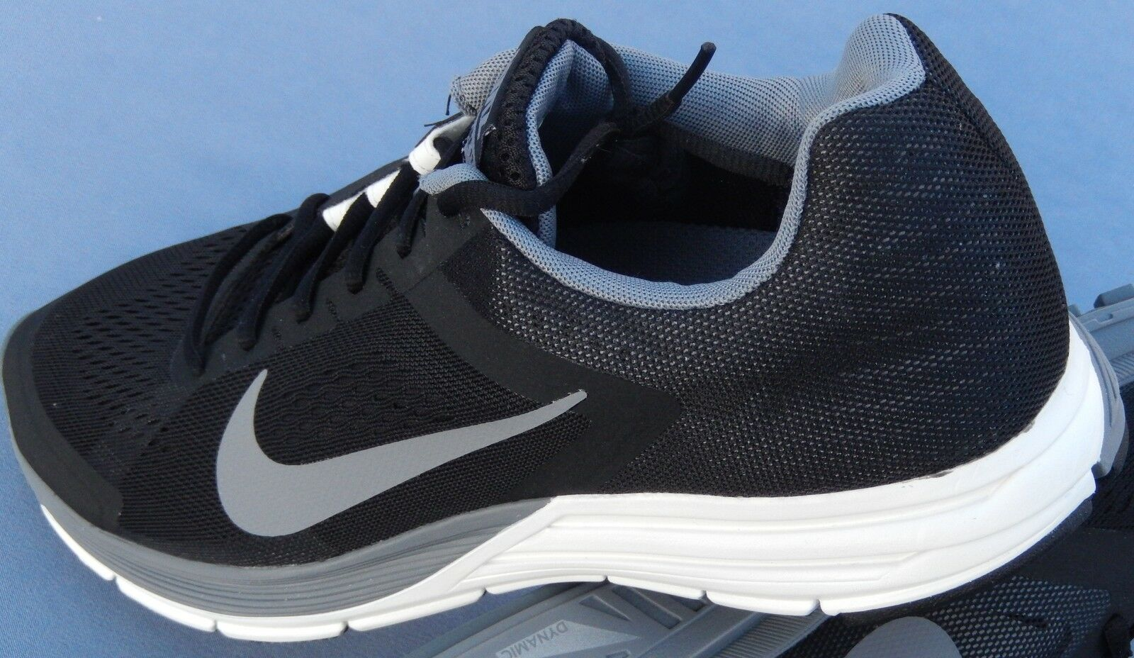 NIKE MENS ZOOM AIR STRUCTURE 17 SIZE 7 615587-010 BLACK SILVER GRAY