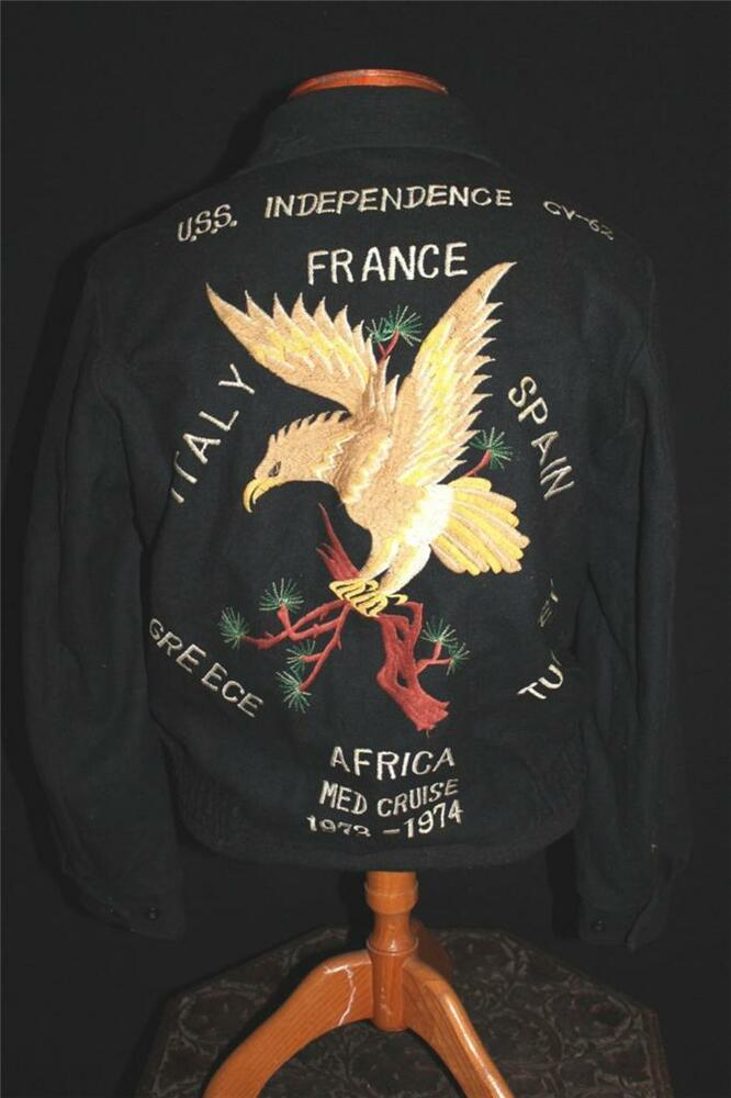 RARE VIETNAM ERA 1973-1974 U.S.S. INDEPENDENCE TOUR SOUVENIR JACKET SIZE MEDIUM