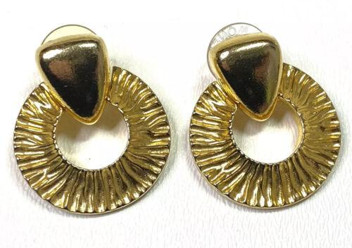 Vintage 1970/'s Gold Tone White Nautical Teardrop Medium Flat Retro Lightweight Studs Earrings