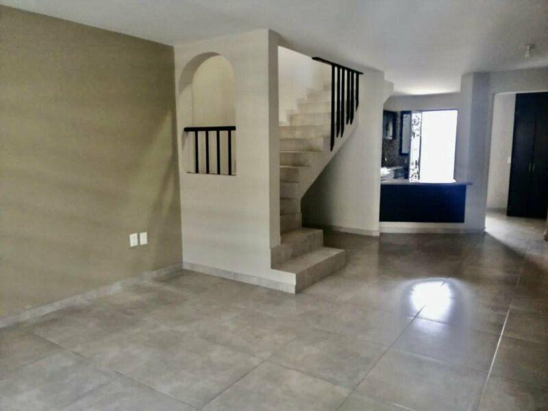 Casa Venta Residencial Plaza Guadalupe Coto Remodelada 3 Recamaras Cocina Integral