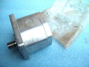 Hydraulic-Pump-orsta-a-40-R-tgl10859-DDR-reg-NEW