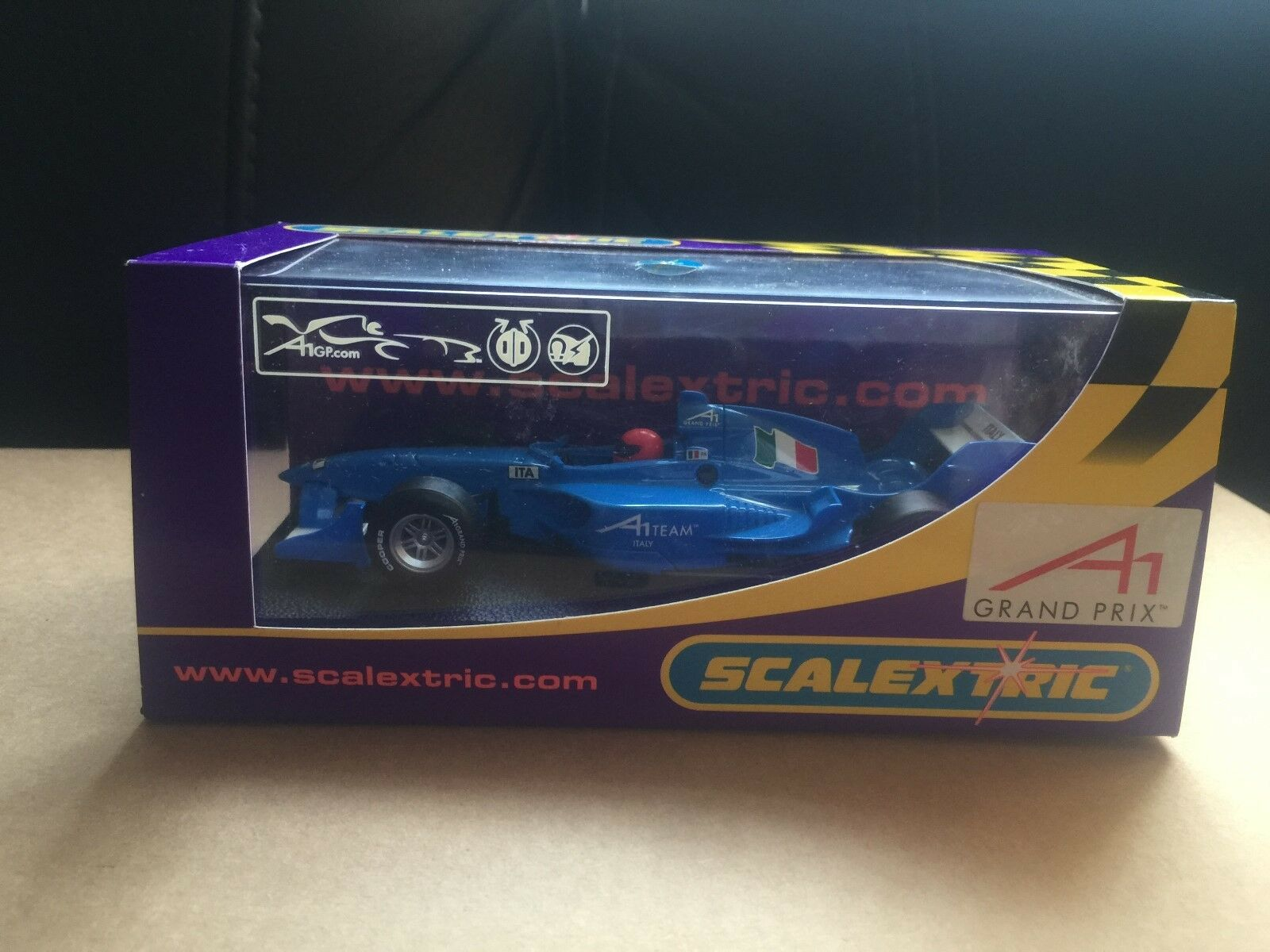 SCALEXTRIC A1 GP SERIES TEAM ITALY REF C2745 RARE