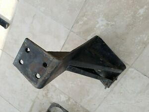 Peterbilt 359 Front Steel Cab Frame Mounting Bracket Right