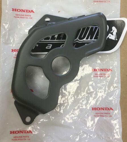 OEM Honda front sprocket cover 1999-2004 Honda TRX400ex 400ex atv