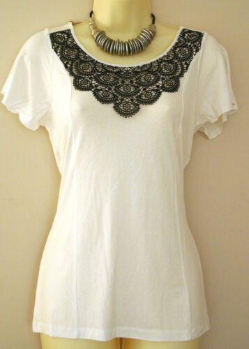 Fab Ex Chainstore White /& Navy Blue Crochet Detail Top Size 12 14