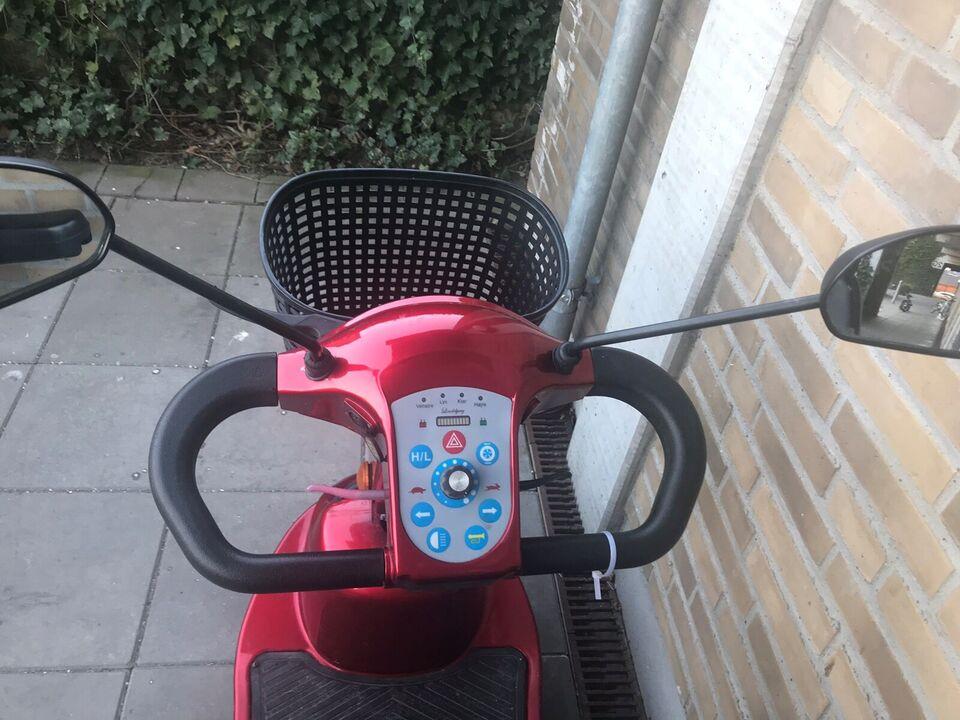 Lindebjerg 3 hjulet, 2015, Rød