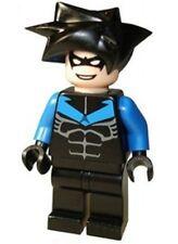 LEGO 7785 Batman - Nightwing - Blue Arms & Chest Symbol - Minifig / Mini Figure