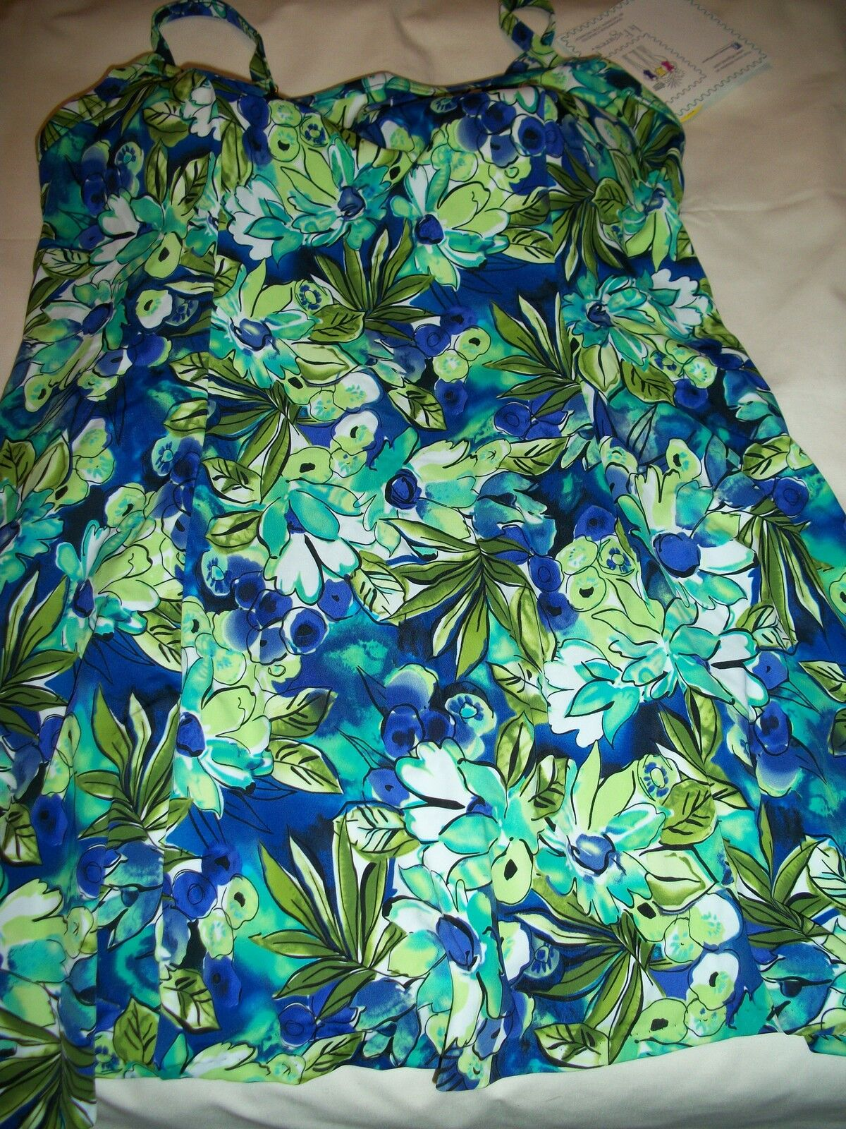 LADIES WOMENS MISS SIZE 16 CUP D & UP SWIMDRESS BATHING SUIT BY IT FIGURES