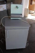 Waldner MC6 mobile Laborspüle mit Abwasserhebeanlage fahrbar