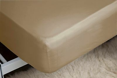 200 Thread Count Fitted Sheet 28cm in Polycotton 4ft Small Double Bed Size White