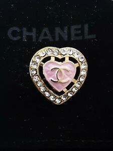 STAMPED-RARE-One-1-pieces-Chanel-button-23-5mm-1-inch-Pink-Heart
