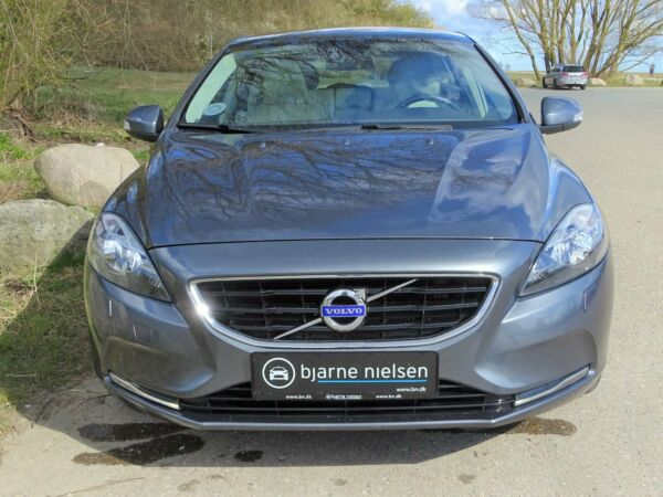 Volvo V40 1,6 T4 180 Kinetic aut. - billede 1
