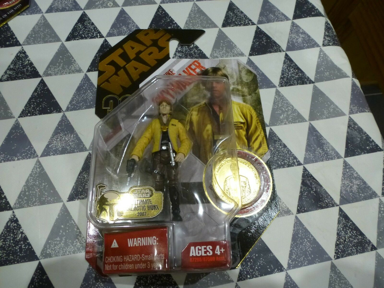 NEW Star Wars 30th Anniversary  12 Luke Skywalker Gold Coin Rare