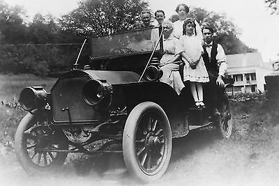 1910 GROUT TOURING Early Automobile FAMILY Glass Negative PHOTO 3 1/4 x 4 1/4
