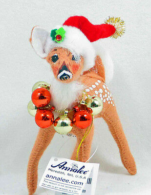 """Christmas FAWN WITH ORNAMENT WREATH Reindeer Decoration 5"""" Figure Annalee 2008"""