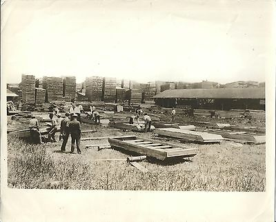 News Photo – Constructing Flood Boats for Greenville Mississippi c1927
