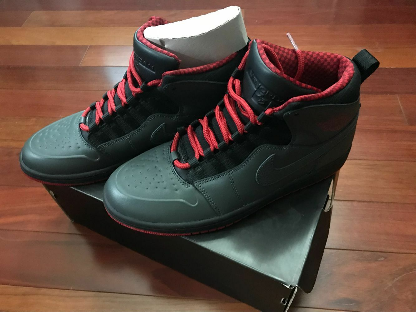 Nike Air Jordan 1 Retro '94 Anthracite Red Black  631733-004 size 8,8.5,9,9.5