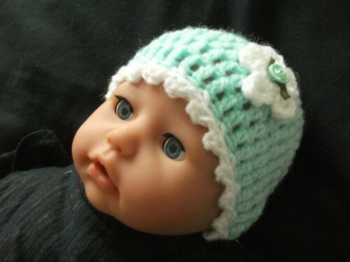 BABY DOLLS..Approx 5-7lbs PACK 2 HANDCROCHETED BABY HATS-TINY//NEWBORN//EARLY