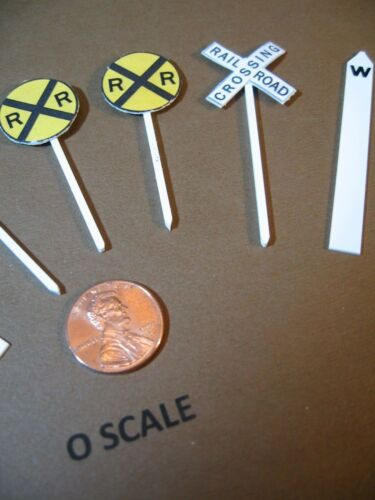 CROSSING SIGNS NEW CROSSBUCKS /& WHISTLE POSTS O SCALE RAILROAD CROSSING SET