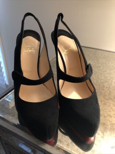 Authentic CHRISTIAN LOUBOUTIN BlackSuede Mary Jane