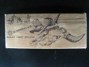 Uberti-Original-Factory-Empty-Box-Regulator-45C-45ACP-4-3-4-034-Barrel-Pistol