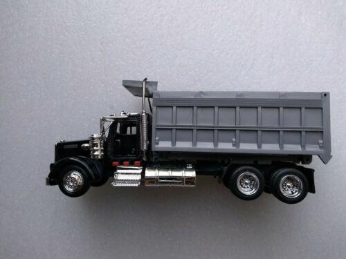1:43 Kenworth W900 Dump Truck New Ray