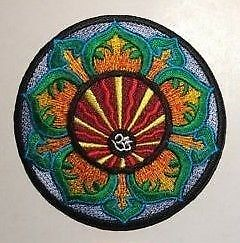bright OM LOTUS FLOWER AUM PATCH; Sew-On//Iron-On **BN** embroidered badge