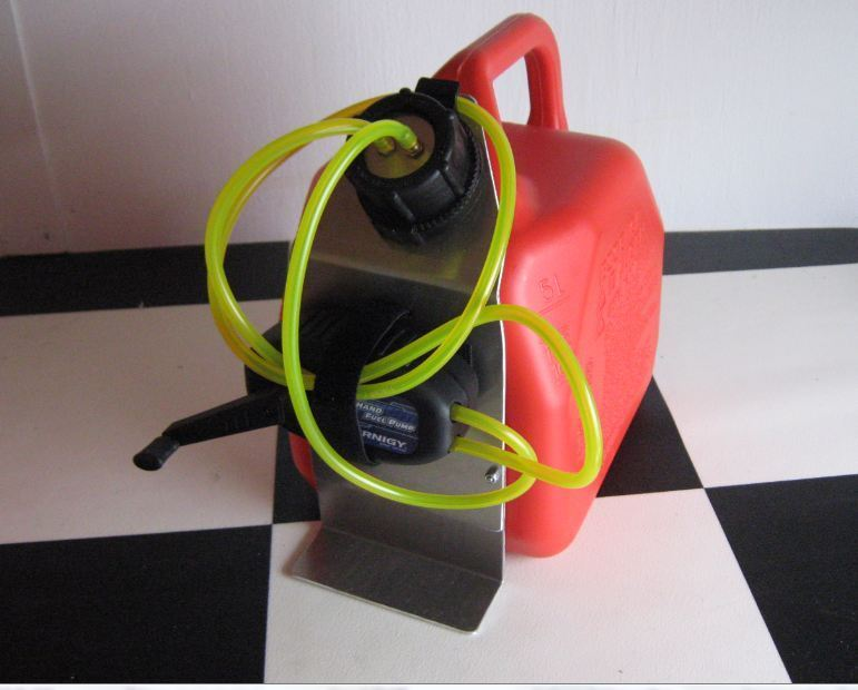 1 Gallon RC Airplane fueling jug with Hand pump