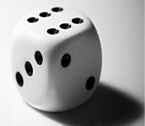 des-a-jouer-pour-jeux-de-carte-societe-de-plateau-jeu-de-hasard-numero-point