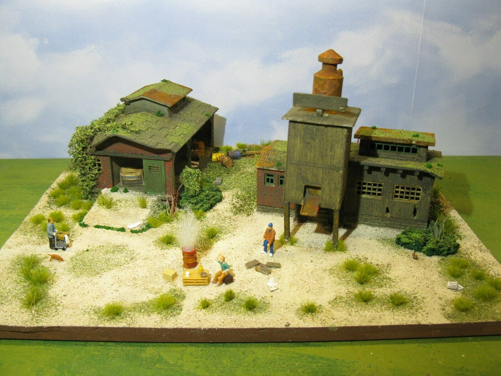 Lost places  fabbrica & paese Streicher fiamme barile LED DIORAMA h0 1 87  188