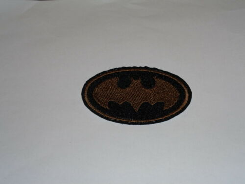"""/""""Batman/"""" Iron-On Embroidered Patch 2 Sizes /& Many Colors Available!"""