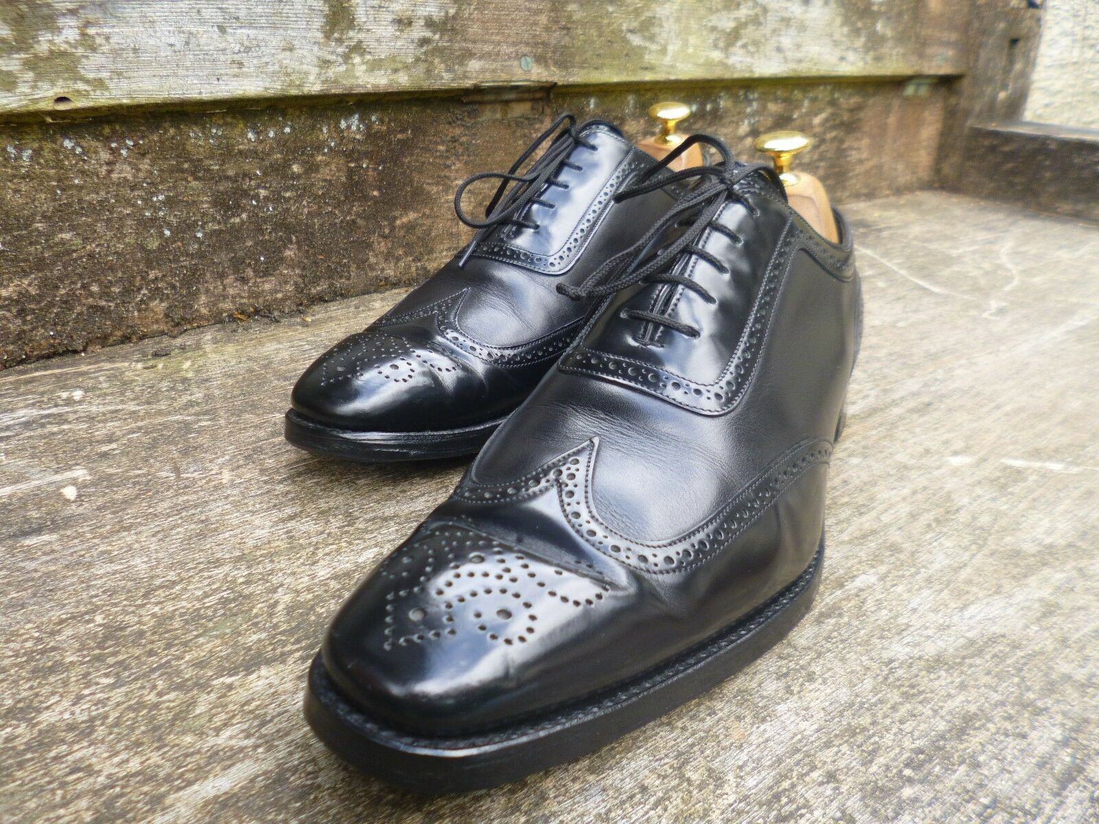 CHEANEY / CHURCH BROGUES - BLACK – UK 9 – PIMLICO - EXCELLENT CONDITION