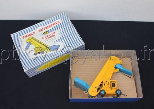 K308 dinky toys elevator loader lift carpet 964 complete meccano