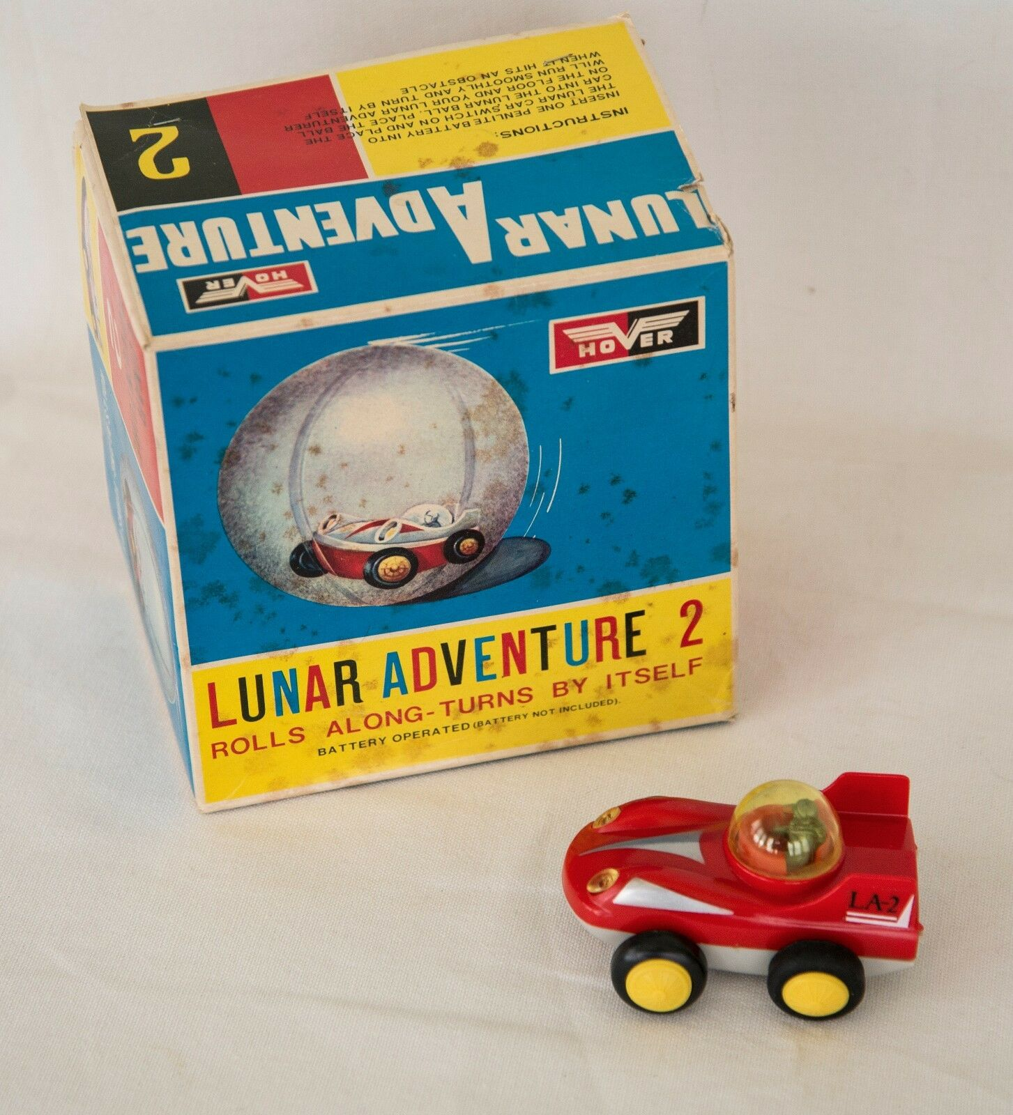 VINTAGE HOVER LUNAR ADVENTURE 2 BATTERY OPERATED VEHICLE IN ORIGINAL BOX
