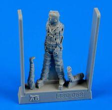 Aerobonus 1/48 U.S.A.F. Fighter Pilot - Vietnam War 1960-1975 # 480068