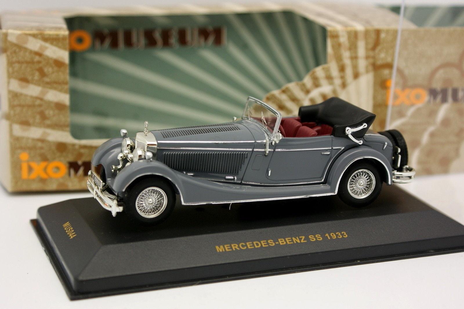 Ixo 1 43 - Mercedes SS 1933 grau