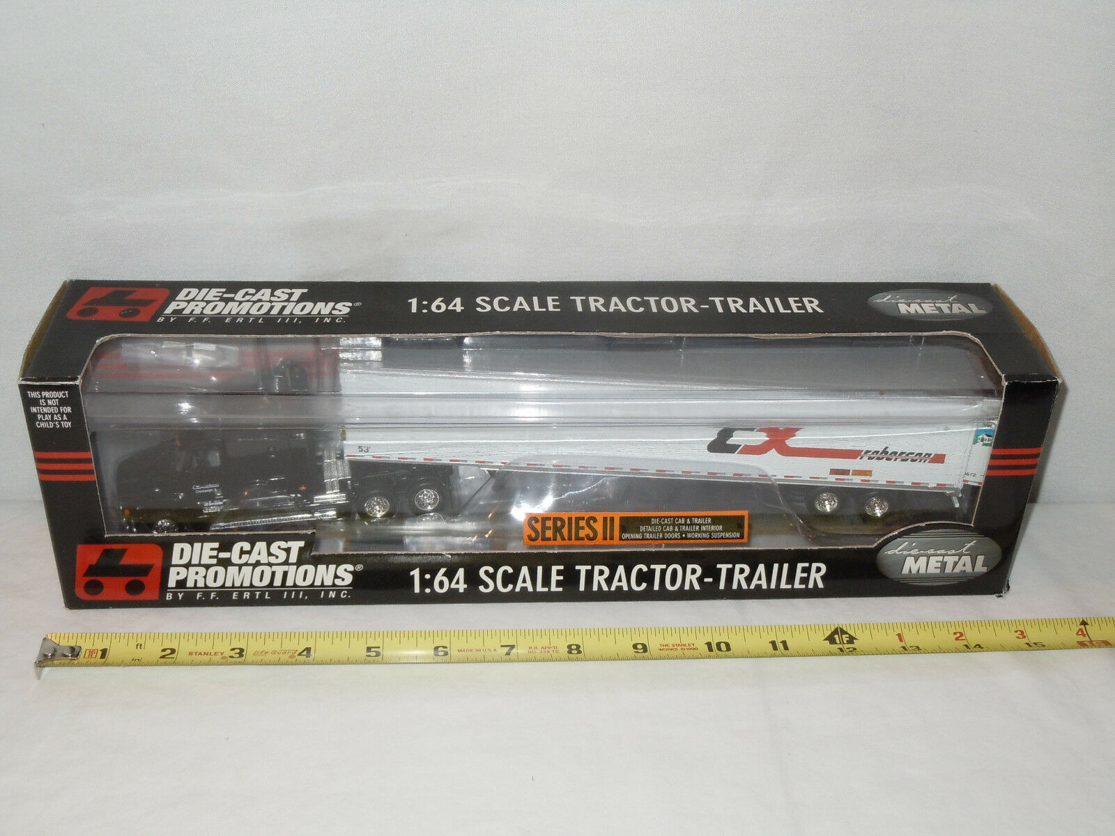 CX Roberson Freightliner Semi With Van Trailer  By By By DCP  1 64th Scale 7f0aa5