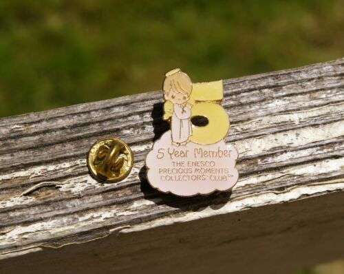 1984 Precious Moments 5 Year Member Angel Pin Pinback Enesco Collectors Club
