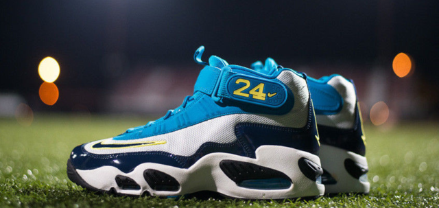 new product f61a9 eecf7 Nike Air Max Griffey 1 Sz 9 SEATTLE 1 90 93 98 97 24 force 270