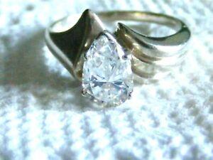 Vtg-Sterling-Silver-Teardrop-CZ-DQ-Diamonique-Ring