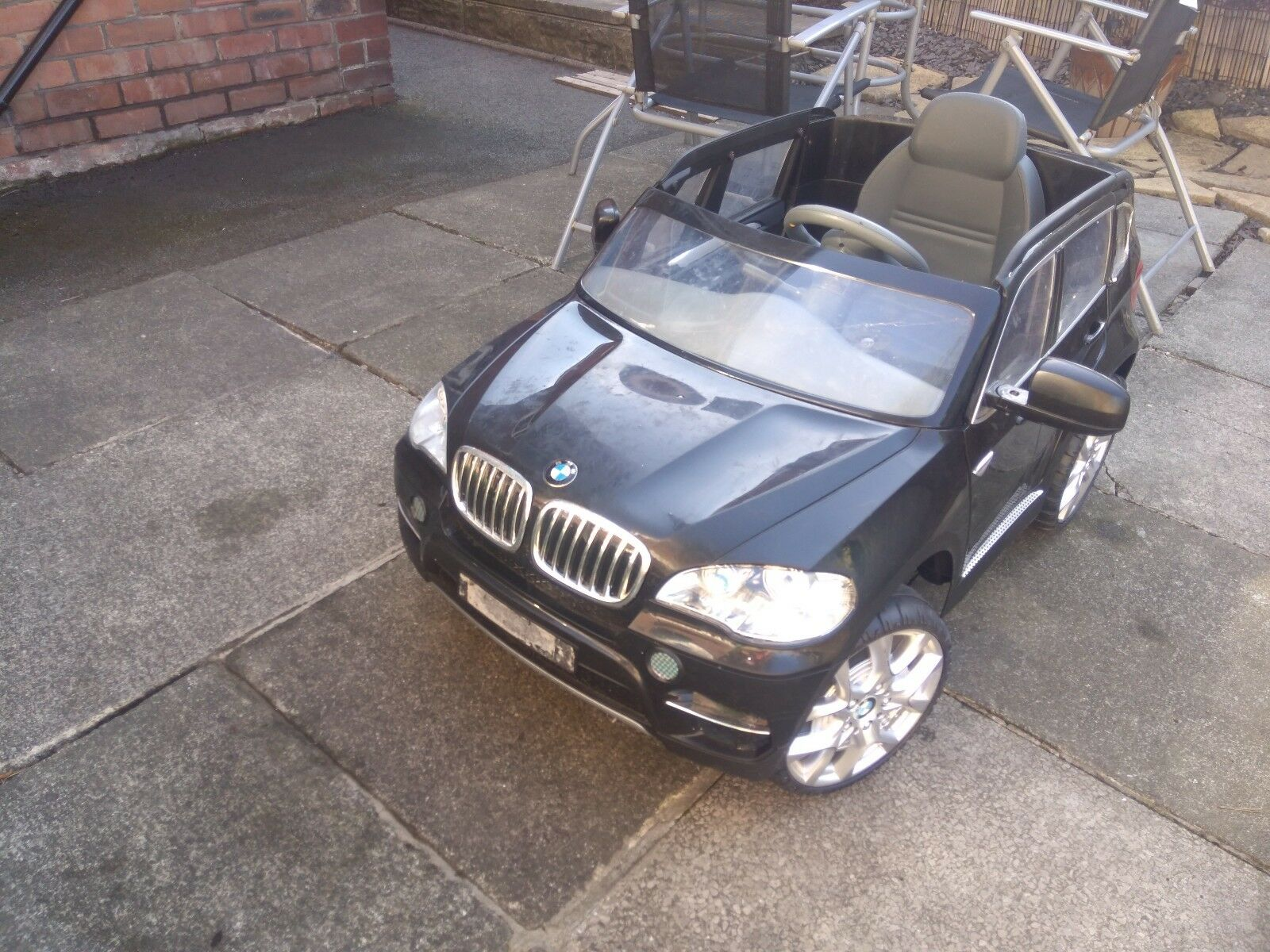 Kids ride along BMW, battery operated, used, good condition